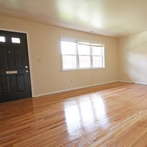 Kendall Court Apartments For Rent in North Brunswick, NJ Living Room